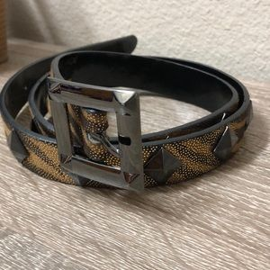 Betsey Johnson zebra print belt sz M w/metal studs